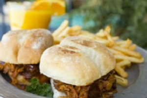 Thumb pulled pork sliders  7